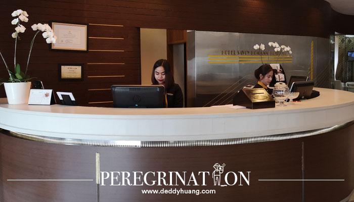 resepsionis hotel savoy homann