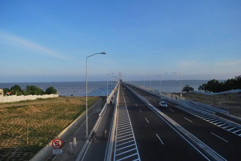 Jembatan Suramadu Jatim