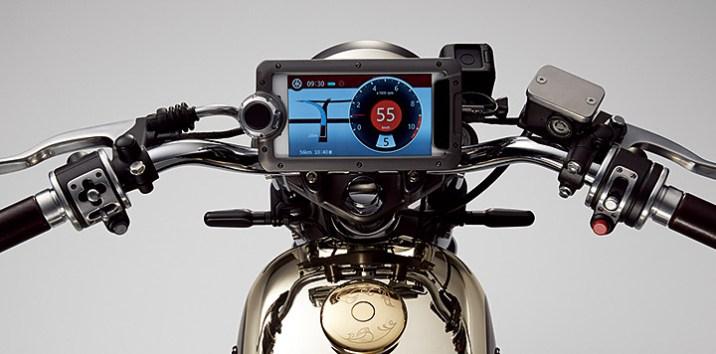 Speedometer yang sangat keren layaknya Sebuah smartphone multifungsi instrumen cluster yang menyenangkan untuk digunakan