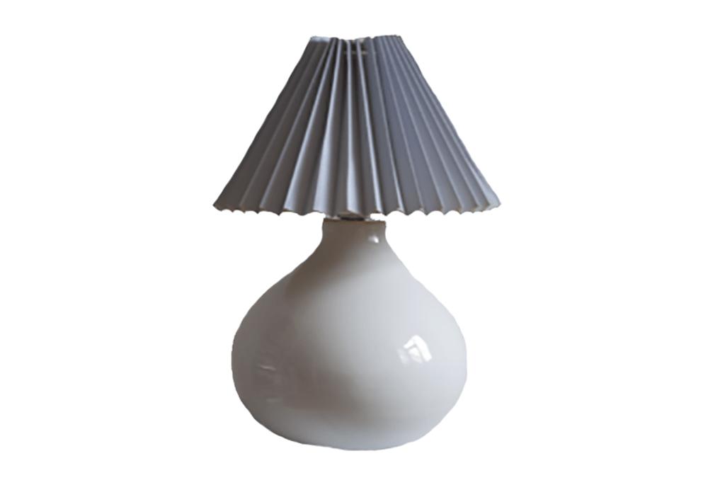 Witte tafellamp lichtblauwe kap