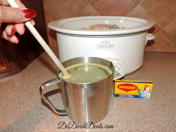 Pour 1 cup of broth over chicken