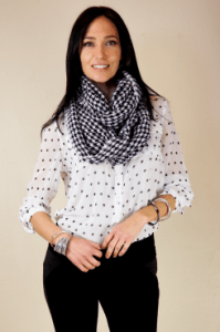 blouse-polkadot-246x370