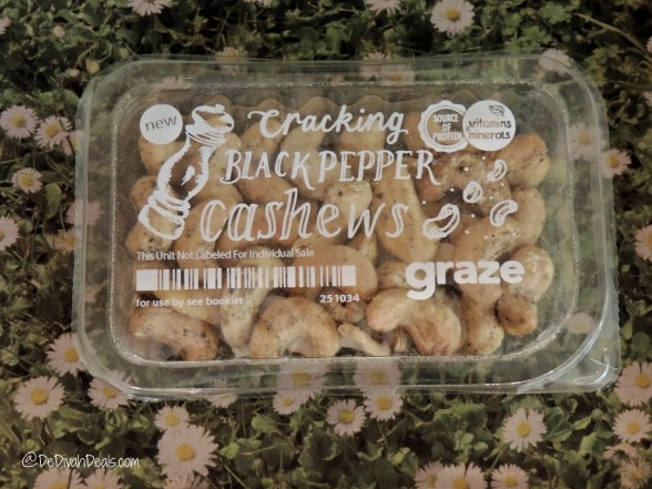 Cracking Black Pepper Cashews