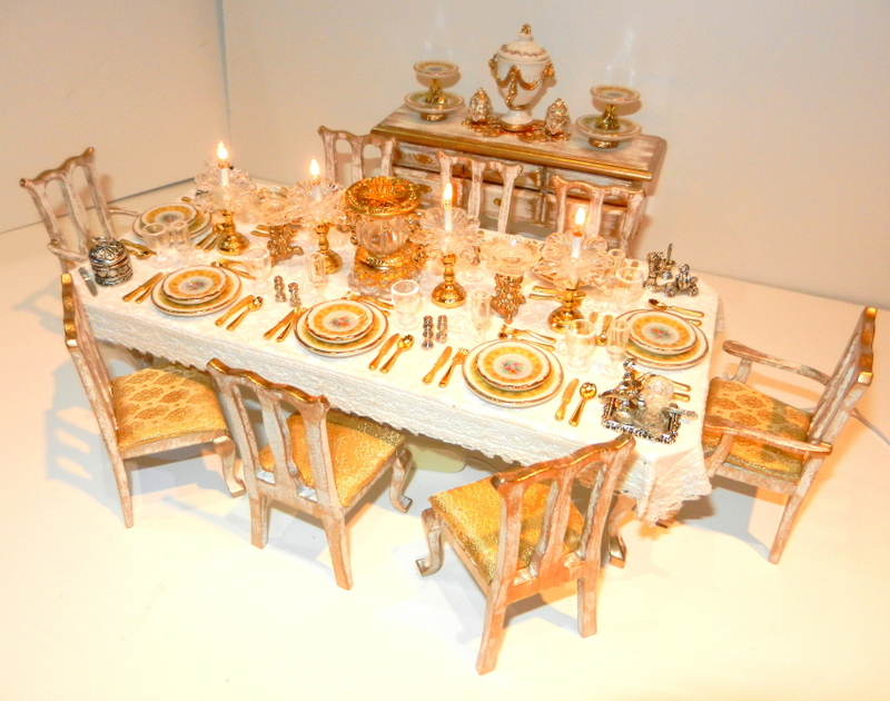 White & Gold banqueting table