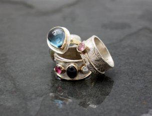 Dee Ayles JewelleryDee Ayles Jewellery Rings