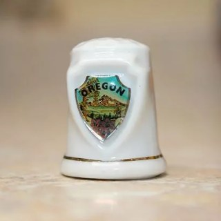 Porcelain Oregon thimble