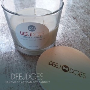 DEEJ DOES Cedar & Redwood Jumbo Candle