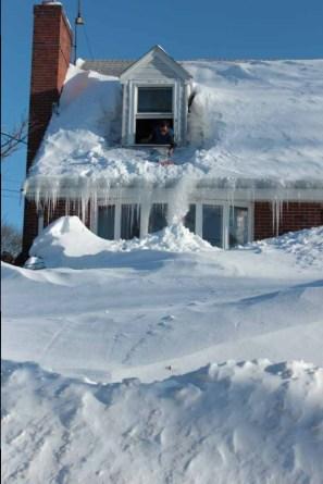 winter2015-deemallon-roof-snow
