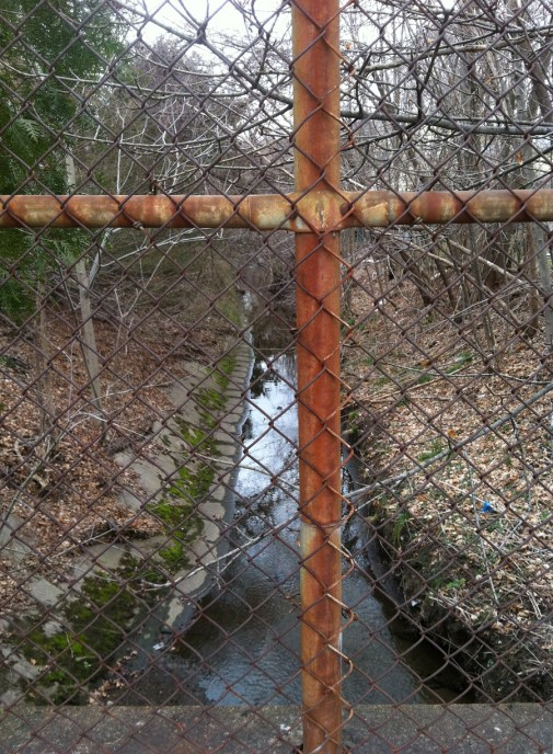 rusty-cross