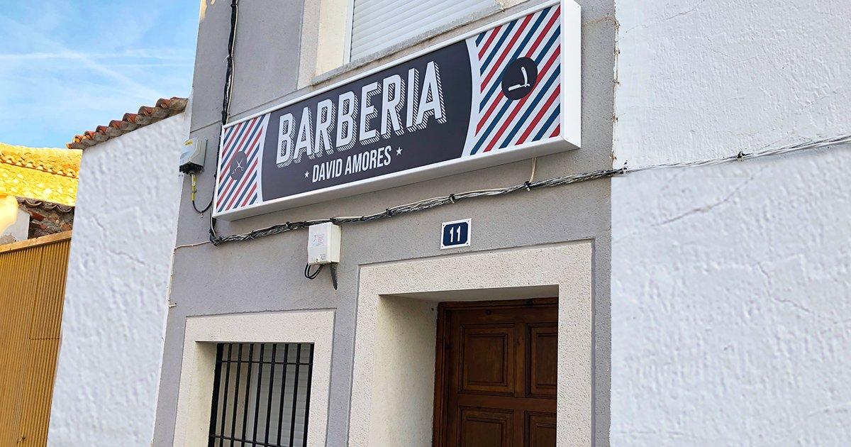 BARBERIA-DAVID-AMORES-ROTULO-LUMINOSO-NOBLEJAS