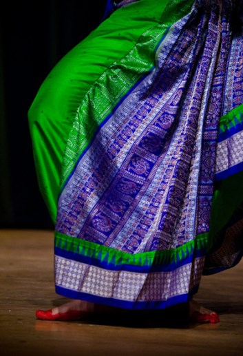 dancer-saree