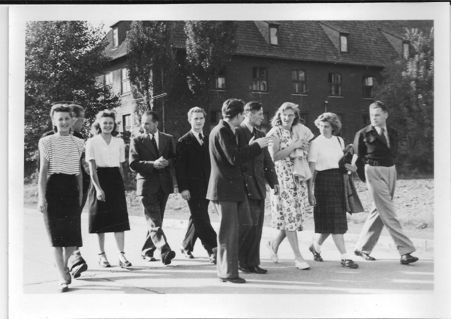 pinneberg summer students outside