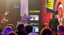 Lakeside BDO Darts 2 Jan 2016 - Alan Meeks 7