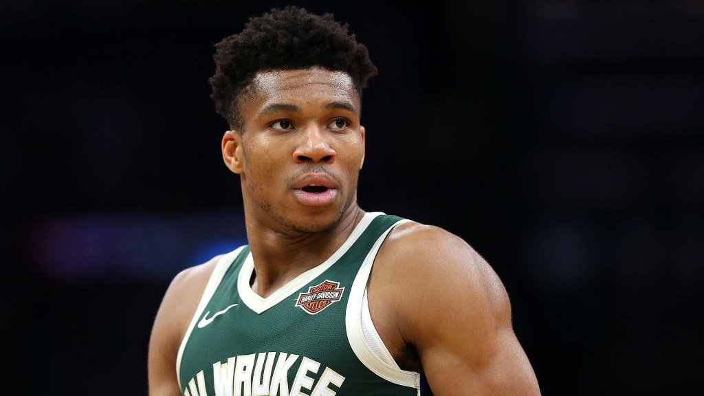 giannis-antetokounmpo ontract extension bucks deepersport