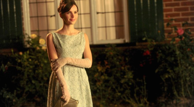 """Felicity Jones Finds """"Infinity"""" With 'The Theory of Everything'"""