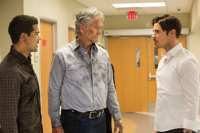 "Jesse Metcalfe as Christopher Ewing, Patrick Duffy as Bobby Ewing and Josh Henderson as John Ross Ewing.Dallas 3, ep. 9 ""Denial, Anger, Acceptance"""