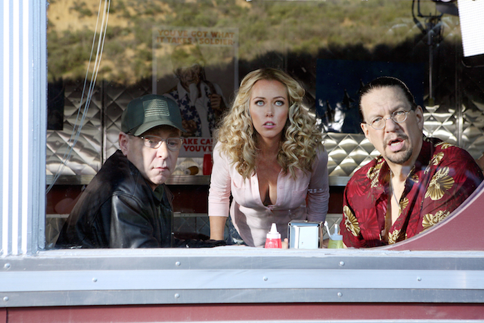SHARKNADO 3: OH HELL NO! -- Pictured:  (l-r) Teller as Major Caissier, Kendra Wilkinson as Flo, Penn Jillette as NASA Lieutenant Colonel Stylo -- (Photo by: Raymond Liu/Syfy)