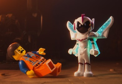 "Flick City: Stephanie Beatriz Endorses ""Beautiful"" Message Of 'Lego Movie 2'"