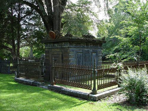 Family Tomb, Greensboro AL