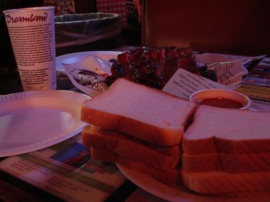 Ribs & Bread, Dreamland in Tuscaloosa