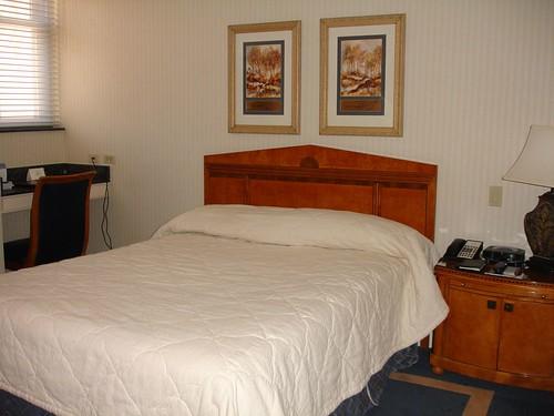 The Cincinnatian Hotel Room, Cincinnati OH