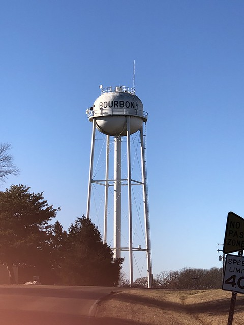 Bourbon, Missouri water tower