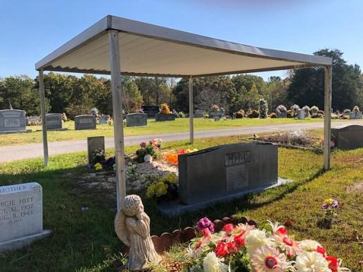 Graveshelter, Caddo Congregational Christian Church Cemetery, Trinity AL