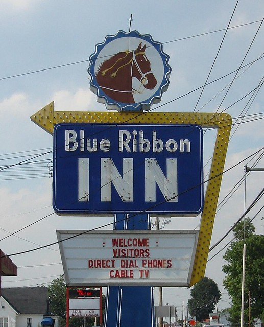 Blue Ribbon Inn Motel Sign, Shelbyville TN