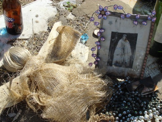 Items Left on Queen Kelly Mitchell's Stone, Rose Hill Cemetery, Meridian MS