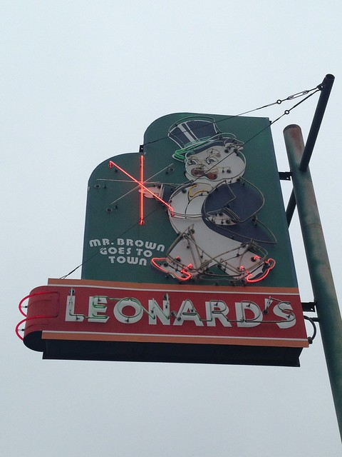 Leonard's Pit Barbecue, Memphis TN