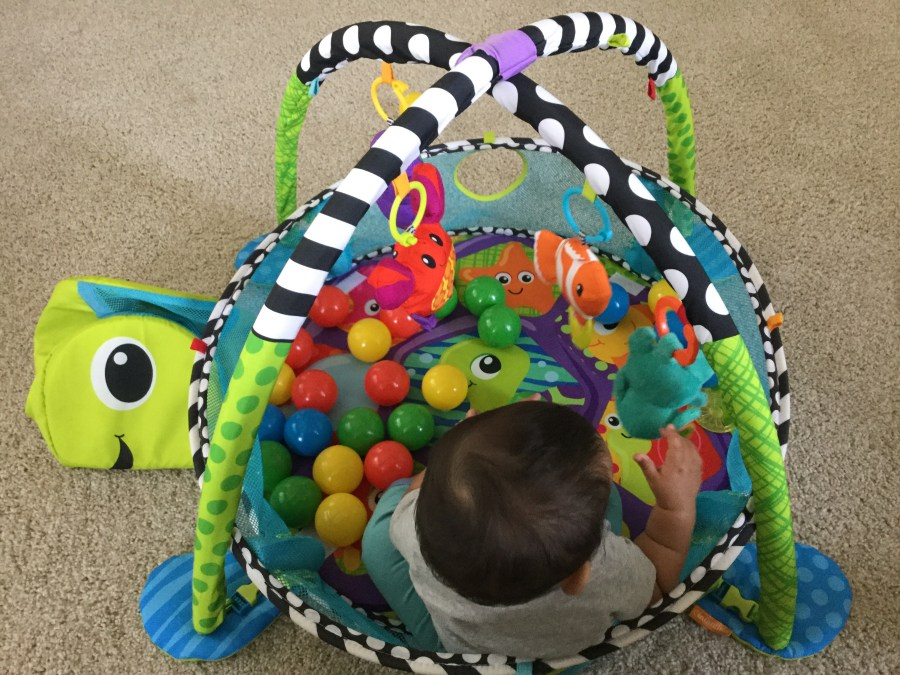 Infantino Ball pit - best activity center for babies and kids