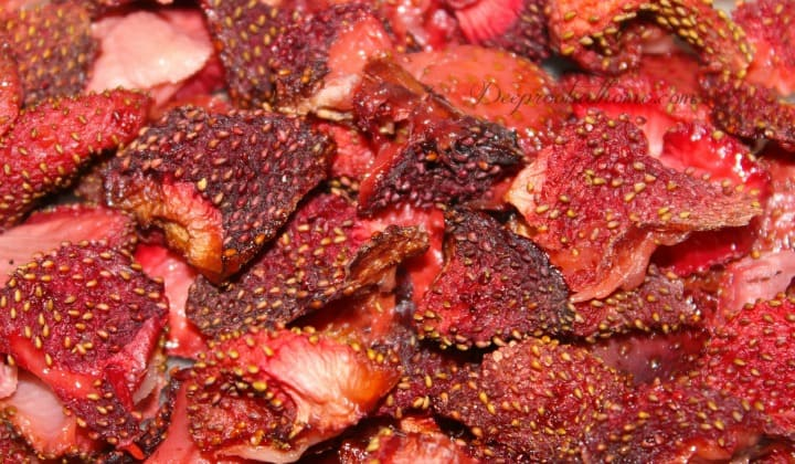 Oven-Dried Strawberries Delicious To The Moon and Back, <a style=