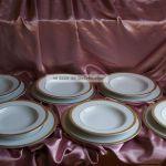 33 Tlg Weisses Porzellan Speiseservice Breiter Dekor In Gold Edel