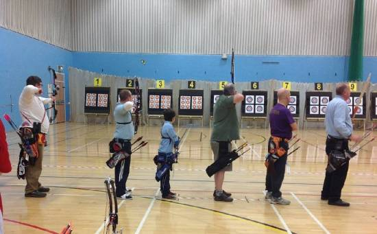 'Barebow' Kev (Green Top) shooting one of his 4 disciplines!
