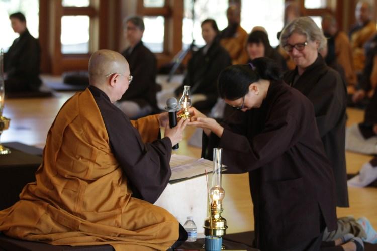Juliet Hwang Lamp Recipients at Great Precepts Transmission Ceremony 2021
