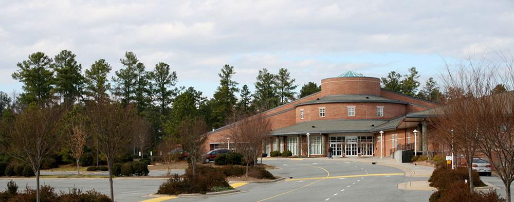 Chapel Hill Bible Church - photo: Ildar Sagdejev