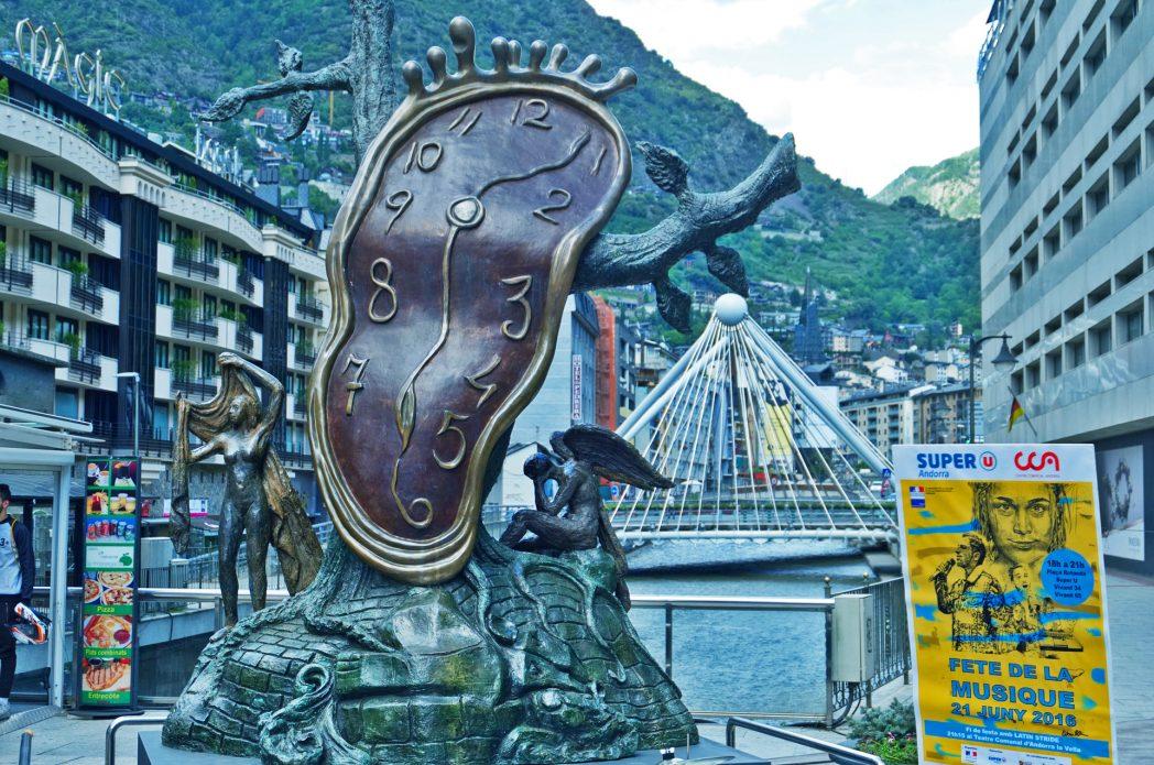 Motocross, golf, tríneo… Y mucho más por hacer en Andorra.