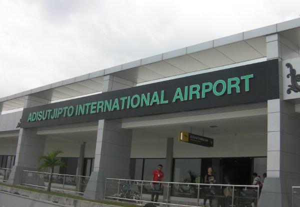 ターミナルBに到着でした
