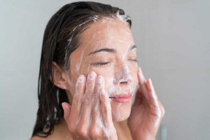 Почему мыло сушит кожу