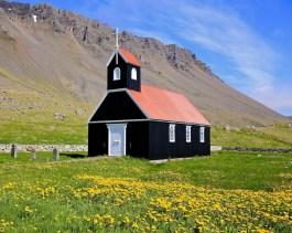 Eglise, Saurbaer, Raudisandur