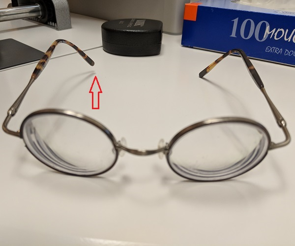 spectacles with a twisted branch