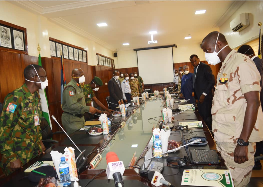 The Defence Headquarters has assured residents of the Federal Capital Territory (FCT) and adjoining states that the military and other security agencies had been on red alert to ensure their safety. The Coordinator, Defence Media Operations, Maj.-Gen. John Enenche, gave the assurence in a statement on Sunday in Abuja. Enenche said the armed forces had […]