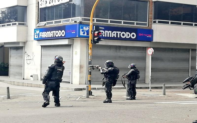 Boletín Informativo: Detenciones arbitrarias y violencia policial en protestas estudiantiles de hoy