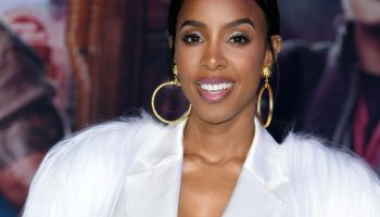 For Houston's Kelly Rowland, good things come in threes