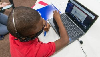 Houston School Board supports mask mandate with unanimous vote