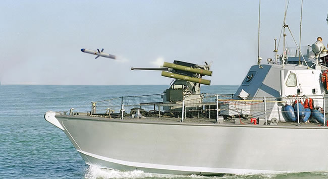 Spike LR Missile launched from a Typhoon weapon station on an Israel Navy Super Dvora Mk 2. A similar configuration was recently tested by the US Navy, from an unmanned surface vessel (USV-PEM). Photo: RAFAEL