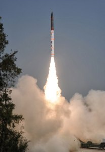 AGNI IV launched from the Wheeler Island in Orisa, January 20, 2014. Photo: DRDO