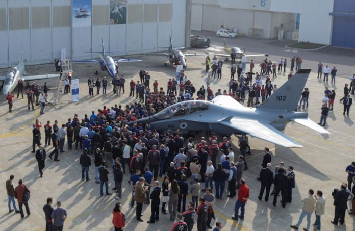 The Roll-Out of first M-346 for Israeli MOD and the Israeli Air and Space Force at Alenia's Venegono Superiore plant. Photo: Alenia Aermacchi