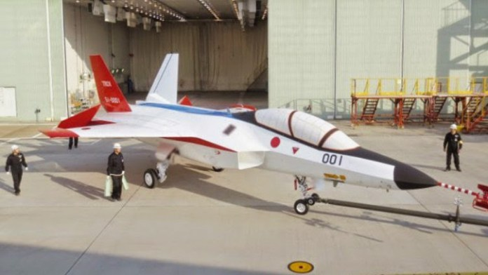 Japan's ATD-X next generation fighter demonstrator is due to fly for the first time in 2015.