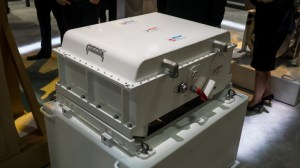 This high capacity Lithium ion battery pack is storing the electrical energy to power two drive engines. This power source feeds all electronic systems on board, and it also packs enough energy for bursts to drive the high energy laser weapon.